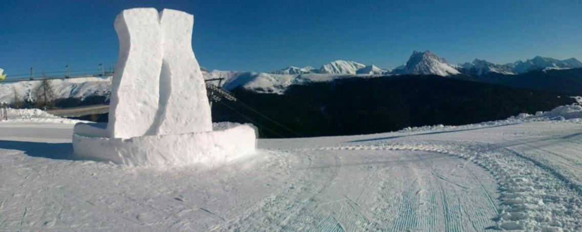 Panorama vallata d'inverno piste da sci